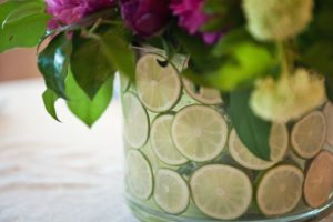vase with limes